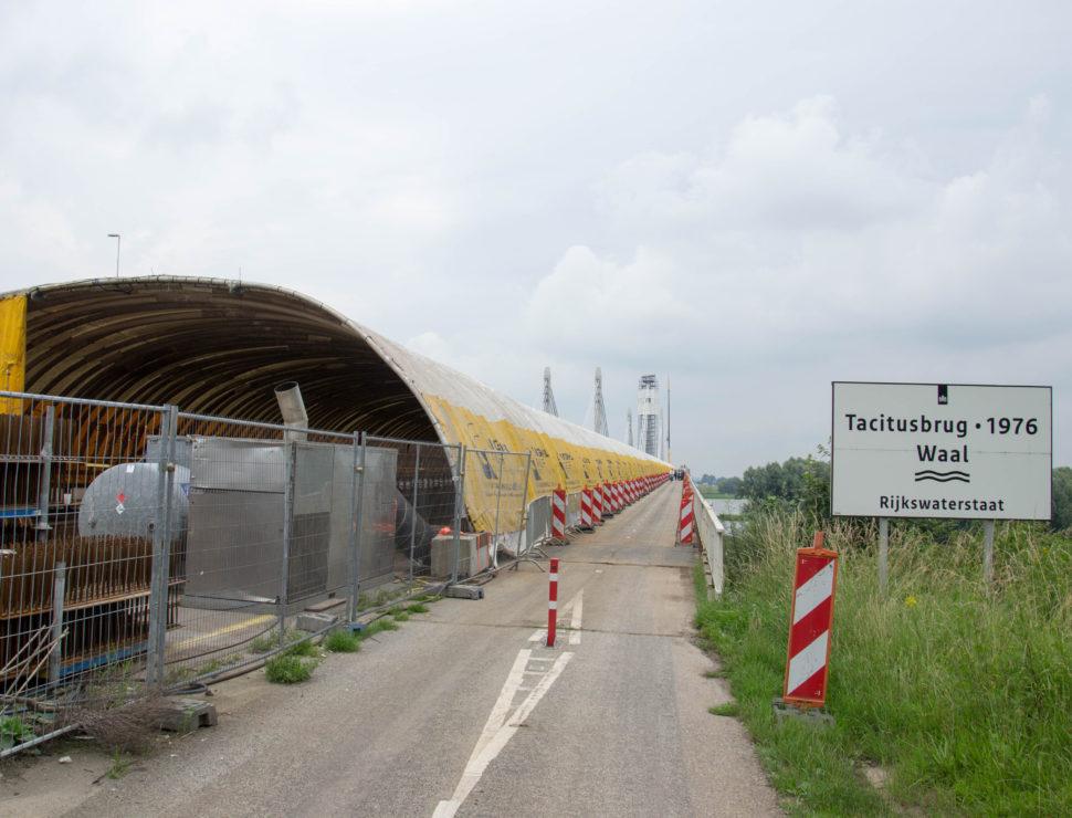 Tacitusbrug, Ewijk